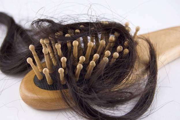 Как читать заговор на волосы мужчины на любовь
